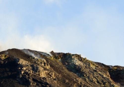 Erupción Stromboli, Italia, Volcan