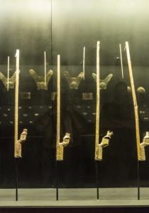 DSC_9905 Estolicas ceremoniales, Museo de Cao,Perú