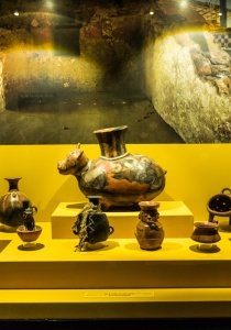 DSC_9830 Vasijas para almacenaje antigua tecnica de manufactura conocida como paleteado Cerámica ritual de la tumba del último gobernante inca de Túcume