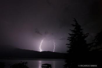 Tormenta Electrica, Lago de Coatepeque