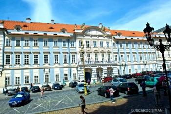 Praha Hamu, Academia de la Musica de Praga