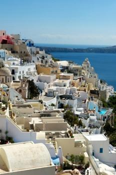 Vista de la ciudad de la ciudad de Isla de Santorini, Grecia.