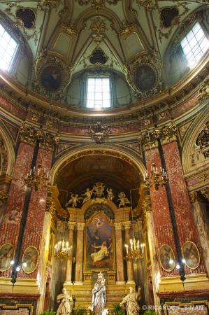 Altar Santuario de la Consolata, Turin