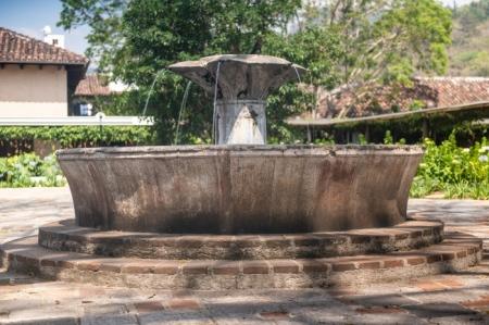 _DSC2278 Fuente, Hotel Museo Casa Santo Domingo.jpg