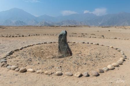 DSC_1502 ciudad sagrada de Caral, Huanca del Caral, monolito