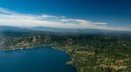 DSC_2321 Lago de Ilopango.jpg