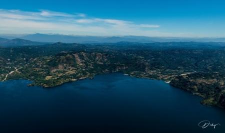 DSC_2318 Lago de Ilopango.jpg