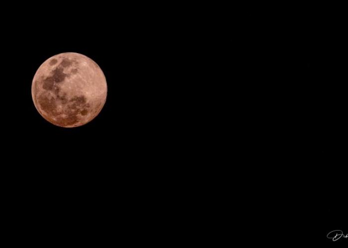 Puesta de Sol y Luna Rosada
