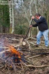 Y ya vamos trabajando la madera.