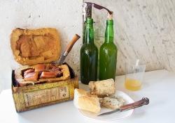 Boroña, sidre y quesu