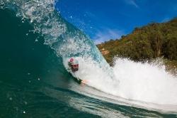 Pablo en el tubo, bodysurf.