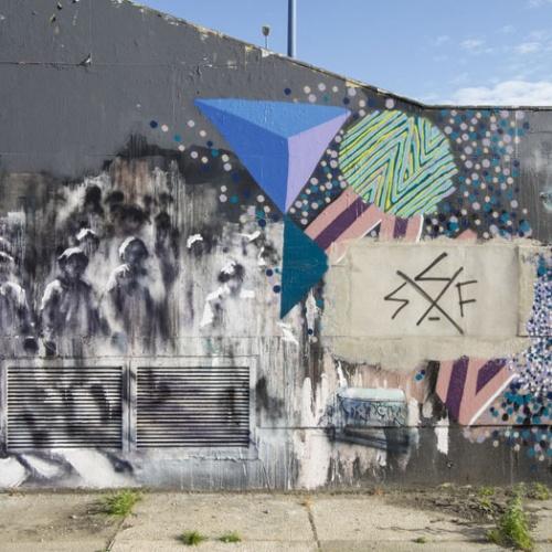 graffiti en el Guadalquivir. sevilla.  2013