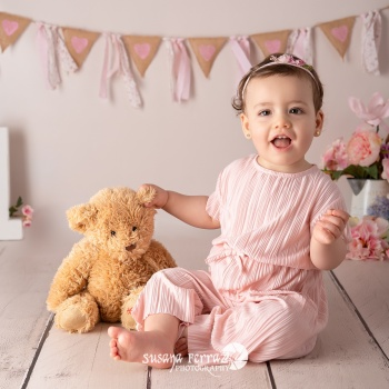 Fotógrafa infantil y familia _ smash cake_bebés niños barcelona sant boi - Susana Ferraz Photography