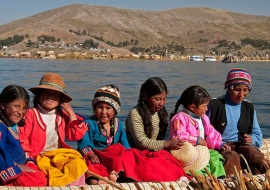 Childrens of Uros Islands
