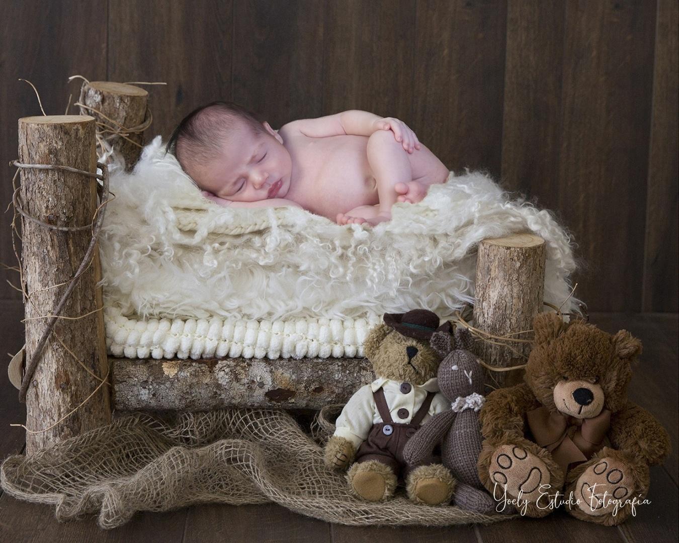 Newborn - Newborn