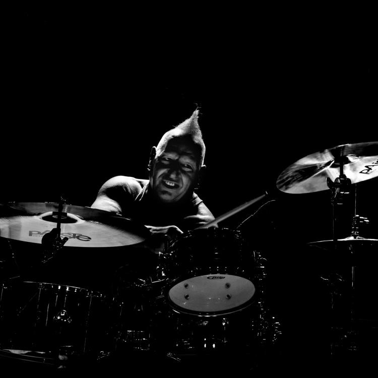 Mike Terrana de Avalanch - Sala Sir Laurens (Oviedo, 22/11/19)