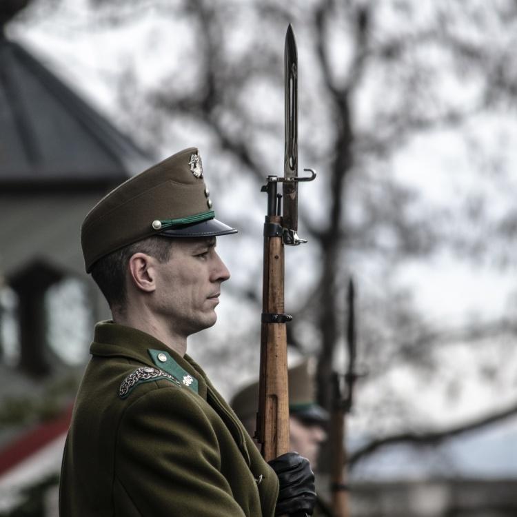 budapest-soldier-2