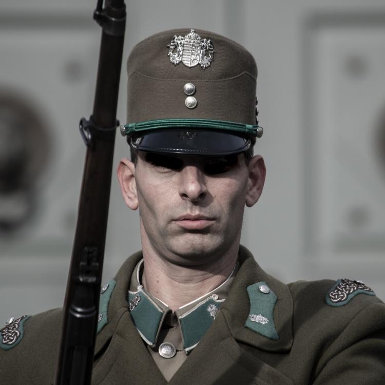 budapest-soldier